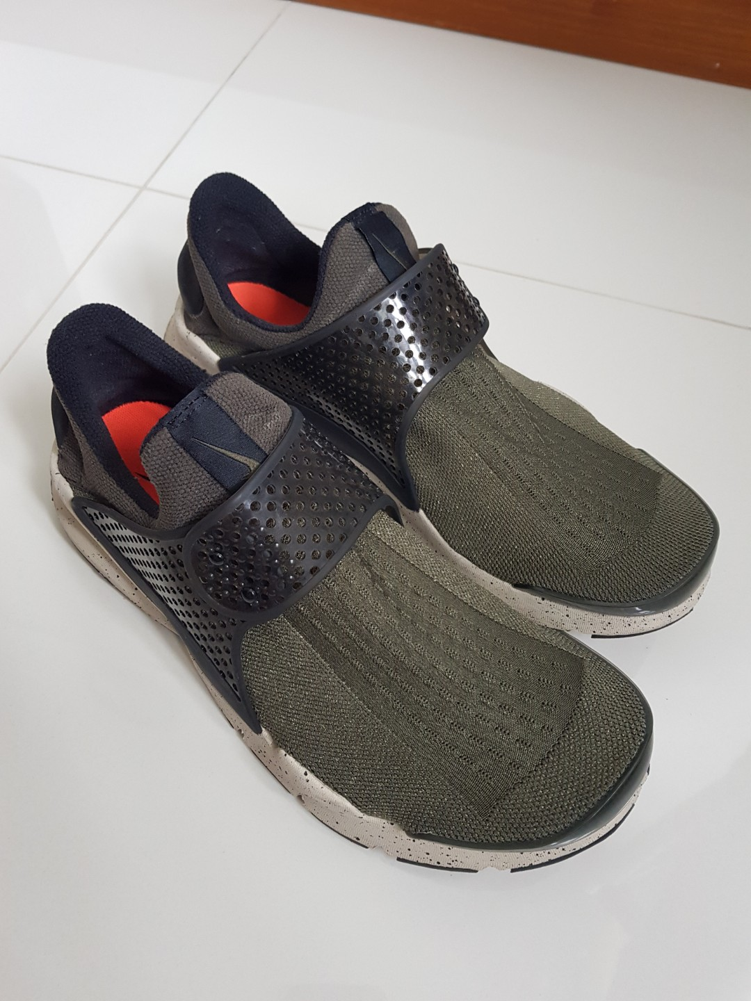 indice Presunto Lacrima  Nike Sock Dart, Men's Fashion, Footwear on Carousell