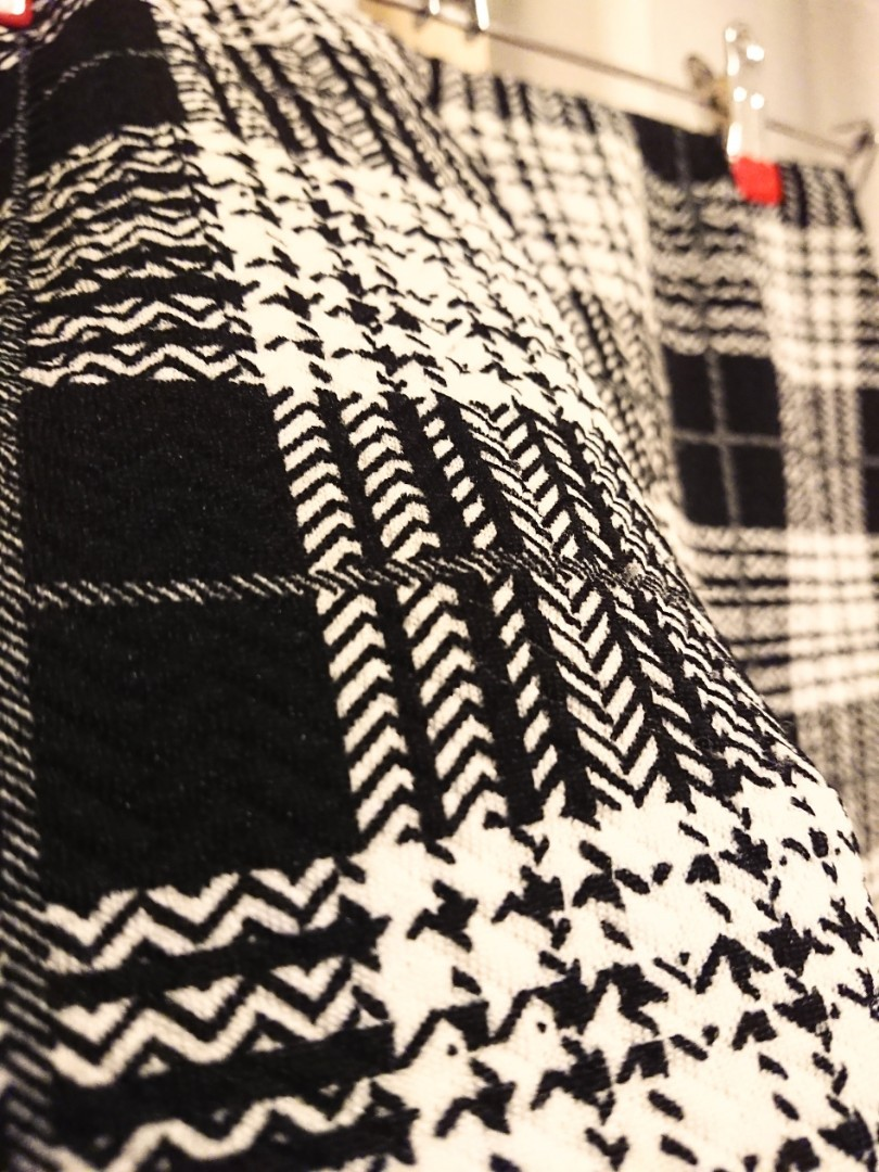 Plaid knitted dress - Size 8