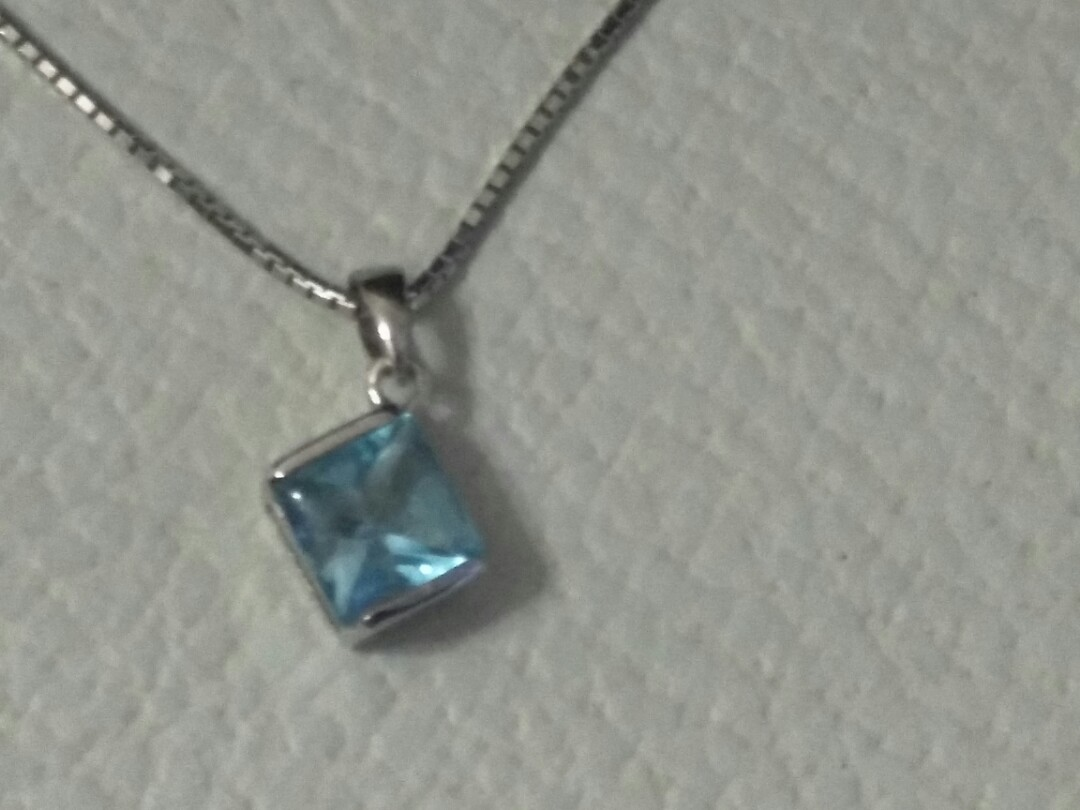 Real Blue Gem with white gold