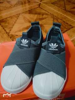 kids/babies shoes