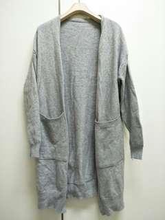 🚚 灰色針織毛衣外套