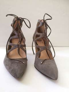 """""""Vince Camuto"""" Bodell (Stone Gray) Suede Laced Caged Back Zipper Pumps 9.5"""