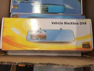 Blackbox DVR fullHD 1080 reverse mirror screen
