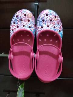 Crocs W9 Original Karin Floral Clog Raspberry Women #CarousellCintaBumi