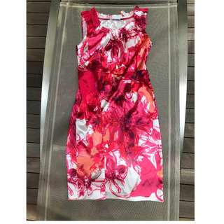 Tahari red floral sleeveless dress Size L