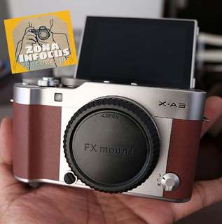 Fuji xa3 BLACK LIKE NEW body only