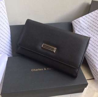 New Dompet charles and keith