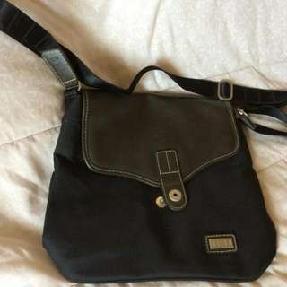 Elle Shoulder Bag