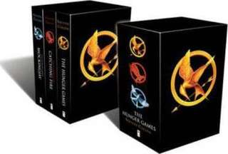 The Hunger Games Trilogy Classic (Box Set) by Suzanne Collins