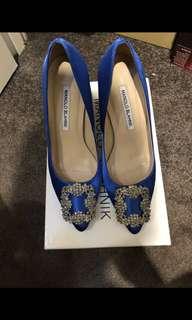 Manolo Blahnik heels blue size 37