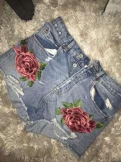 Zara high waisted embroidered shorts size 4