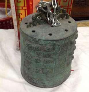 青銅古老鐘不知年代