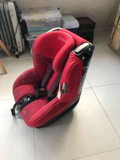 Maxi Cosi car seat (0-4yr up to 18kg)