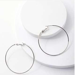 Anting bundar diameter 7cm (silver)