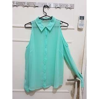 Forever 21 chiffon tosca top