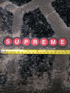 Supreme sticker (paste outside)