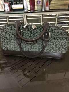 清貨-Guy Laroche Hand bag
