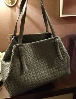 Bottega Veneta medium Cresta Bag authentic