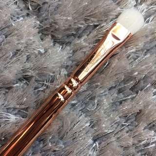 ZOEVA Rose Golden Brush 234 Smokey Shader