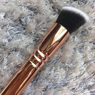 Zoeva Rose Golden Luxury Brush 103 Defined Buffer