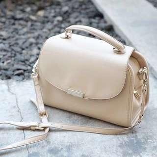 SALE KAREN&CHLOE Original White Sling Bag