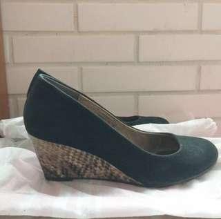 專櫃 TAS 楔型鞋