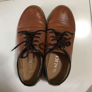Brown Heeled Shoes