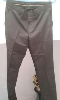 Celana Bahan Basic Lokal