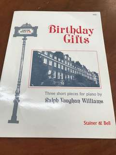 Birthday gifts piano pieces