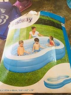Bestway pool w/ free airpump