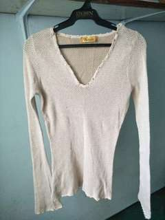 Knitted long sleeves