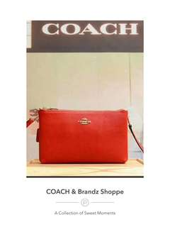 💁‍♀️SALE! 💯% Authentic Coach Women Double Sling Bag / Clutch (Black & Red)