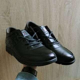 男士休閒皮鞋