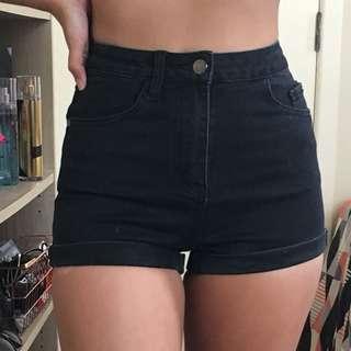 Size6 denim shorts high waisted