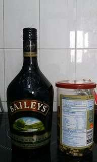 Bailey's bottle