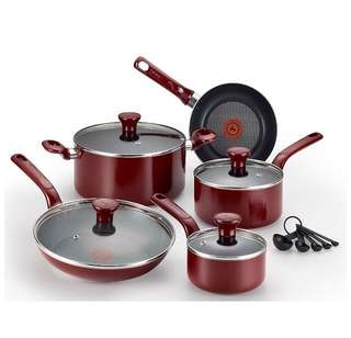 T-fal Excite Nonstick Thermo-Spot Dishwasher Safe Oven Safe PFOA Free Cookware Set, 14-Piece, Red
