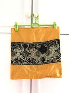 黃色泰國箍臣套 cushion cover