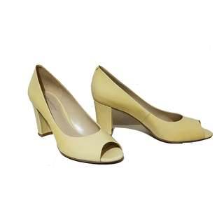 AVAILABLE! 60% OFF!!! Naturalizer N5 Comfort Stella Pumps