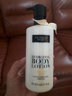 AUTHENTIC Victoria's Secret Hydrating Body Lotion