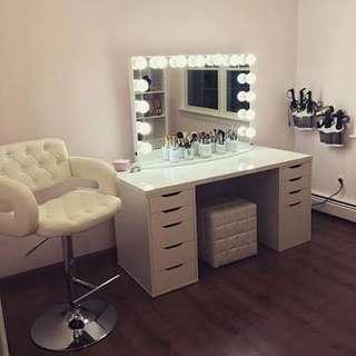 Vanity table set with ottoman stool