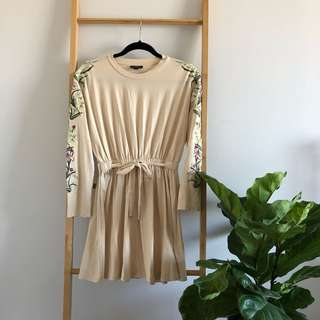 TOPSHOP Petite - Embroidered Dress ♡ misskimjavier