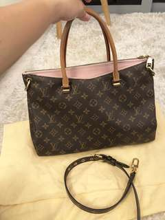 $1550 only for today!!! 100% Authentic LV Pallas Rose Ballerine