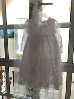Beautiful dress for girls 1 to 2 years, head band and baby shoe