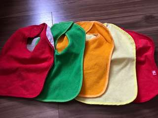 Mothercare bibs set of 5