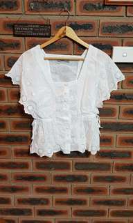 Just Jeans White Embroidered Top Size 8