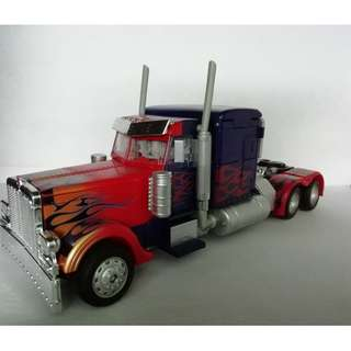 APSL1 KO Transformers Premium Series APS-01 Striker Optimus Prime (KO)