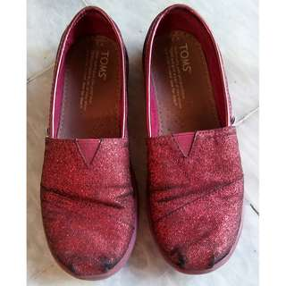 Pre-loved Toms kids shoes