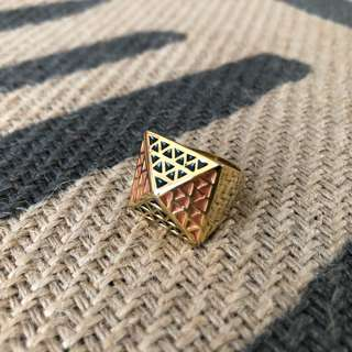 Plated Pyramid Silver Ring with Geometric Designs