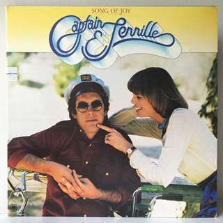 Captain & Tennille – Song Of Joy (1975 USA Original in Gatefold Sleeve - Vinyl is Mint)