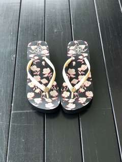 Authentic Tory Burch platform slippers